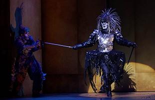 La muerte en la ópera El emperador de la Atlántida