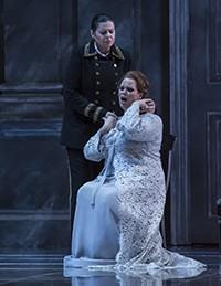 Daniella Barcellona y Jessica Pratt en Tancredi