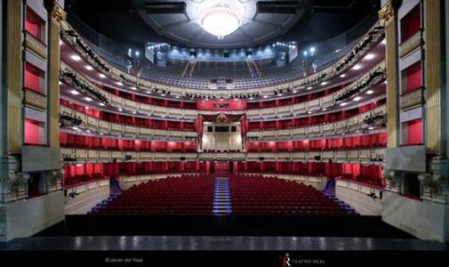 Teatro Real, Real Decreto